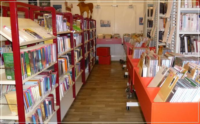 Bibliothèque Municipale - espace BD Jeunes